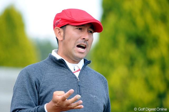2011年 つるやオープンゴルフトーナメント 最終日 すし石垣 なんか叫んでます。JGTOきってのパフォーマー。カメラを向ければ何かが起こります。15位t