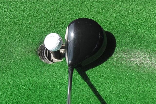 420ccと小ぶりなヘッド。アスリートゴルファーが好みそうだ