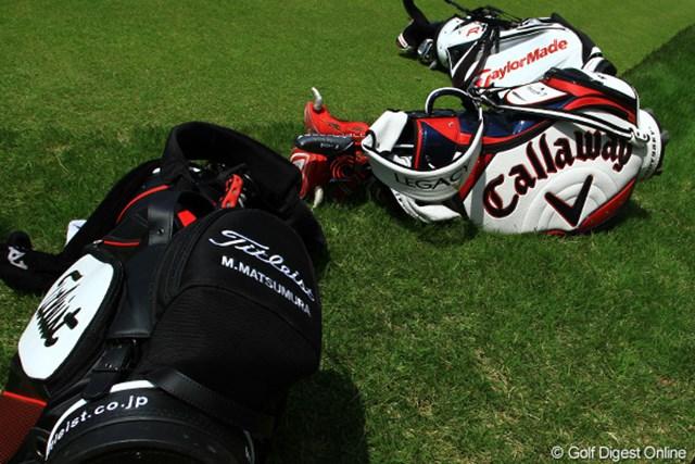 2011年 日本プロゴルフ選手権大会 日清カップヌードル杯 最終日 キャディバック 最終組のキャディバック達です。