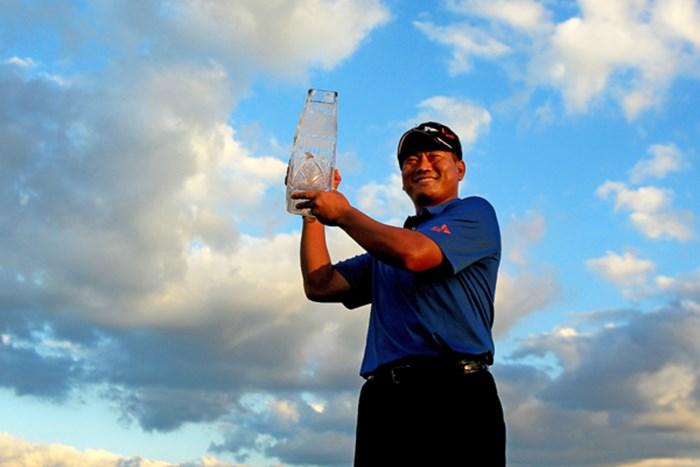 プレーオフを制したチェ・キョンジュが、3年ぶりの勝利をビッグタイトルで飾った (Streeter Lecka /Getty Images) 2011年 ザ・プレーヤーズ 最終日 チェ・キョンジュ