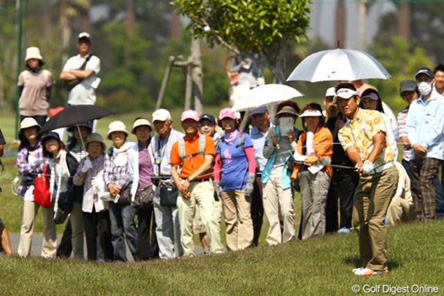 前半で大崩れ。安定したゴルフはどこへやら・・・。2オーバー122位タイ。明日の巻き返しに期待です