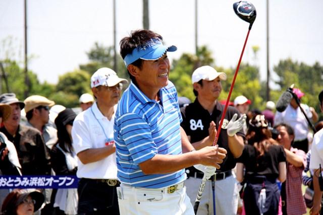 アメリカから一時帰国し、「とおとうみ浜松オープン」に出場したジョー尾崎