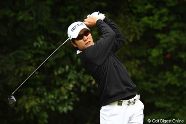 2011年 ダイヤモンドカップゴルフ 初日 キム・キョンテ 微熱が続いているそうです。そんな中でもディフェンディングチャンピオンは、さすがのナイスラウンドでした。