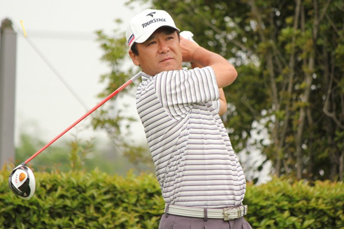 50歳の東聡がチャレンジツアー制覇に向け首位タイで最終日を迎える 2011年 富士カントリー可児クラブチャレンジカップ 初日 東聡