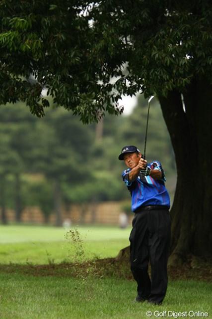 2011年 ダイヤモンドカップゴルフ 初日 尾崎将司 出入りの激しいゴルフながらも、イーブンパーで踏み止まりました。