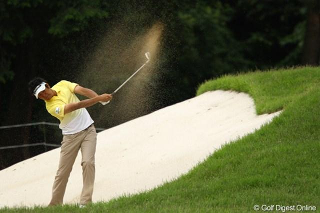 2011年 ダイヤモンドカップゴルフ 2日目 富田雅哉 ドライバーからパターまで絶好調です。ともに田中秀道を師匠とする河井さんに続けるか・・・