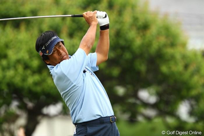 今週はシニアががんばってます!4つスコアを伸ばして予選通過です 2011年 ダイヤモンドカップゴルフ 2日目 湯原信光