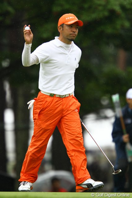2011年 ダイヤモンドカップゴルフ 3日目 河瀬賢史 藤田寛之を師と仰ぐ河瀬賢史が、終盤の猛チャージでツアー初優勝へ望みをつないだ