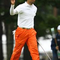 藤田寛之を師と仰ぐ河瀬賢史が、終盤の猛チャージでツアー初優勝へ望みをつないだ 2011年 ダイヤモンドカップゴルフ 3日目 河瀬賢史