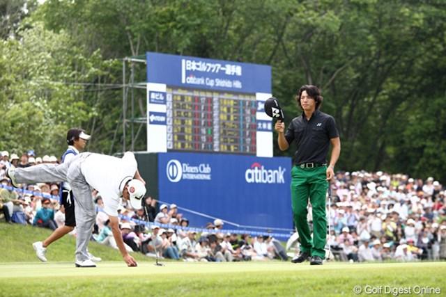 2日目もグリーン上で笑顔を失った石川遼。2週連続の予選落ちは実にプロ1年目の2008年以来
