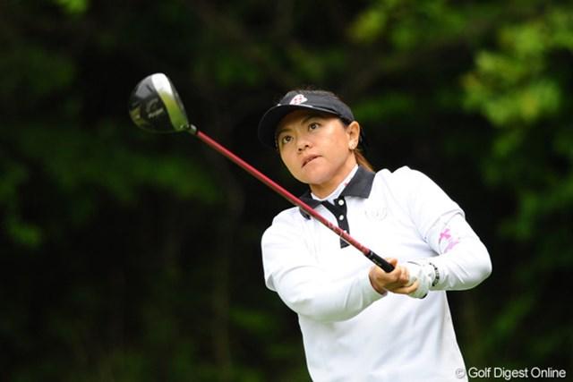 2011年 リゾートトラストレディス 初日 中田美枝 ジミな選手なんやけど、ジミに強いんですワ。毎週オトウタマが応援に来てはります。3位T