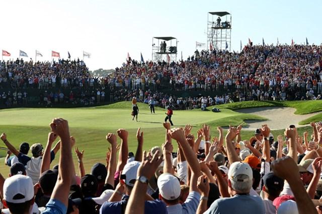 2011年 全米オープン特集 タイガー・ウッズ 2008年大会を制したタイガー・ウッズ。4日目の最終18番でのガッツポーズは全米オープンのあまりにも有名な名場面の一つだ(Harry How/Getty Images)