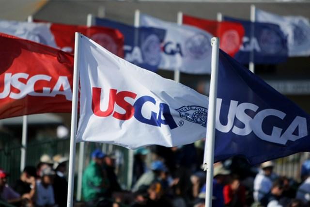 2011年 全米オープン特集 USGA 全米オープンを主催するのは全米ゴルフ協会(USGA)。開催コースの至るところにUSGAのフラッグがはためく(Doug Pensinger/Getty Images)