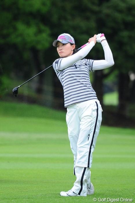 まったくのノーマークから4つ伸ばして6位タイの大まくり!久しぶりの上位進出とちゃうかなァ・・・。 2011年 サントリーレディスオープンゴルフトーナメント 3日目 イム・ウナ