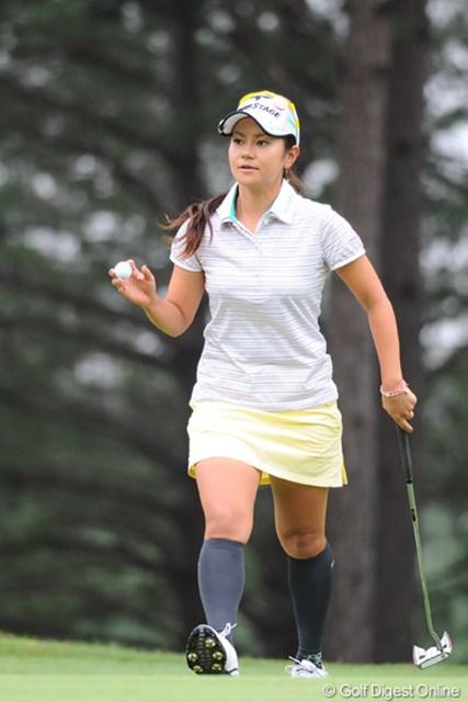 2011年 サントリーレディスオープンゴルフトーナメント 最終日 宮里藍 藍ちゃんの素晴らしいとこは、ファンの声援に、常にしっかりと顔を上げて応えてあげるとこやと思う!これが出来るプロは、実は意外と少ないんやもん!