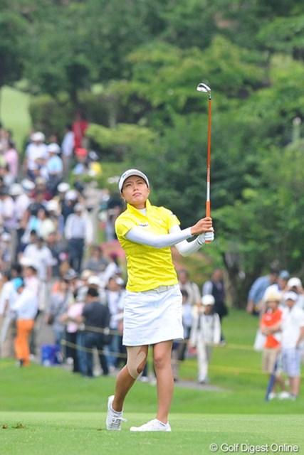 2011年 サントリーレディスオープンゴルフトーナメント 最終日 ジャン・ウンビ どう?昨日お勧めした彼女。スタイルもエエし、強いし(12位)、今度は表情モノをUPして見せませう!