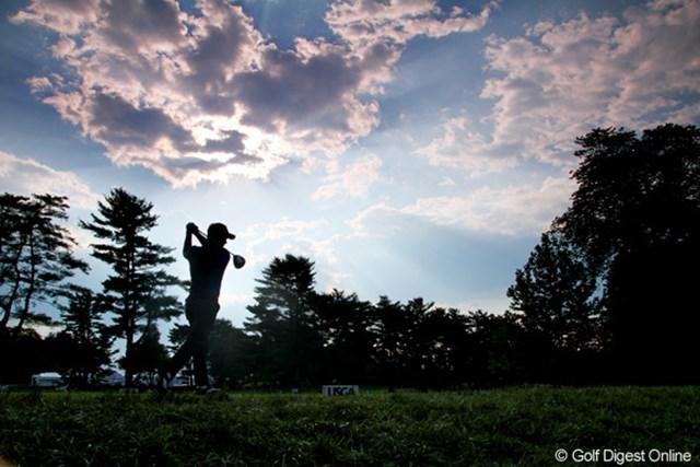 2011年 全米オープン 2日目 好天?荒天? 晴れ間もあれば雷雨もある。自然の恵みの下でプレーしている