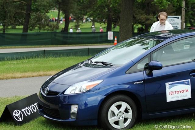 今大会はTOYOTAが車両を提供。会場内にはさまざまなトヨタ車が展示されている