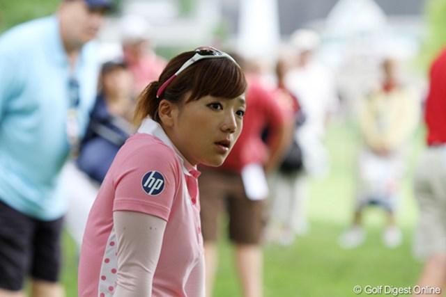 2011年 ウェグマンズLPGAチャンピオンシップ 最終日 有村智恵 最終日はロープ外から試合観戦。貴重な機会を大きいに満喫した様子の有村智恵