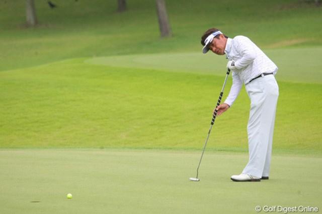 2011年 トータルエネルギーCUP PGAフィランスロピーシニアトーナメント 2日目 福沢孝秋 このパットを沈めてナイスパーセーブでした