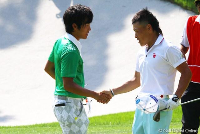 2011年 日本アマチュアゴルフ選手権競技 4日目 浅地洋佑&藤本佳則 準決勝第2試合は藤本佳則(右)が2アンド1で浅地洋佑を下した