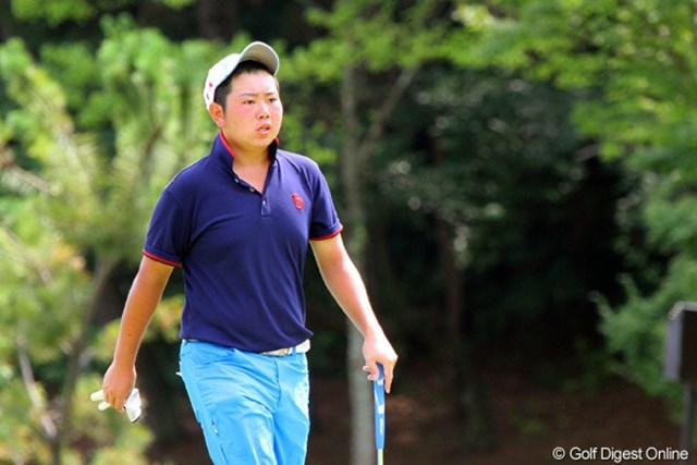 2011年 日本アマチュアゴルフ選手権競技 4日目 古田幸希 暑いです!顔を真っ赤にし、汗を流しながらプレーする古田幸希