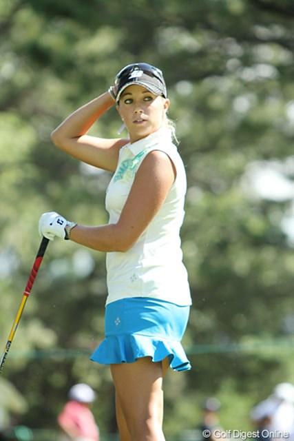 2011年 全米女子オープン 2日目 ブリタニー・ジョンストン ヒラヒラのついたスカートが良く似合うB.ジョンストン