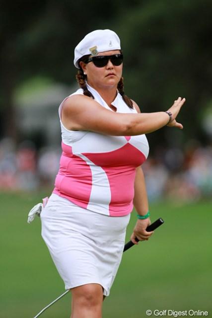 2011年 全米女子オープン 2日目 クリスティーナ・キム 女子ゴルフ界の人気者、C.キムもスカートを愛用