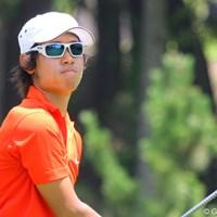 白縁のサングラスで一人涼しげにプレーを続けた櫻井勝之 2011年 日本アマチュアゴルフ選手権競技 最終日 櫻井勝之