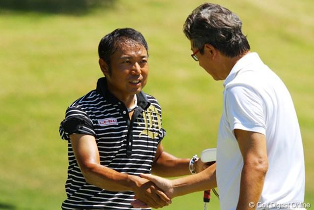 2011年 東日本大震災復興支援 PGAチャリティプロアマゴルフ大会 片山晋呉 最終ホールはアマチュアがバーディパットを決め「ラクしちゃった!」という片山晋呉