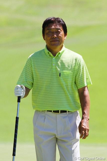 2011年 東日本大震災復興支援 PGAチャリティプロアマゴルフ大会 羽川豊 シニアツアーで2日前に初優勝を果たした羽川豊、改めて「おめでとうございます!」
