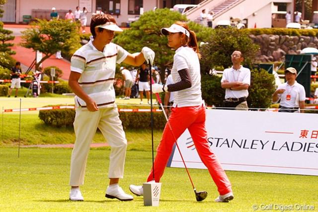 「エビアンマスターズ」初出場となる金田久美子。樋口久子LPGA相談役との初ラウンドに刺激を受けた様子だった
