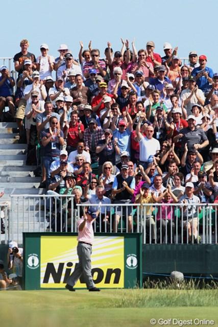 2011年 全英オープン 2日目 トム・ワトソン 6番パー3でホールインワンを達成したトム・ワトソン