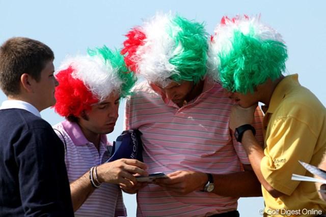 2011年 全英オープン 2日目 イタリア 「イタリアカラキマシタ~。ミチヲオシエテクダサ~イ」