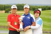 2011年 長嶋茂雄 INVITATIONAL セガサミーカップゴルフトーナメント 最終日 キム・キョンテ&両親