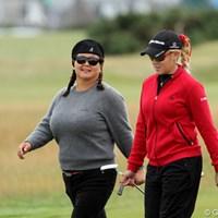失礼!シスターズの間違いでした! 2011年 全英リコー女子オープン 2日目 ブルースブラザーズ(クリスティーナ・キム&ナタリー・ガルビス)