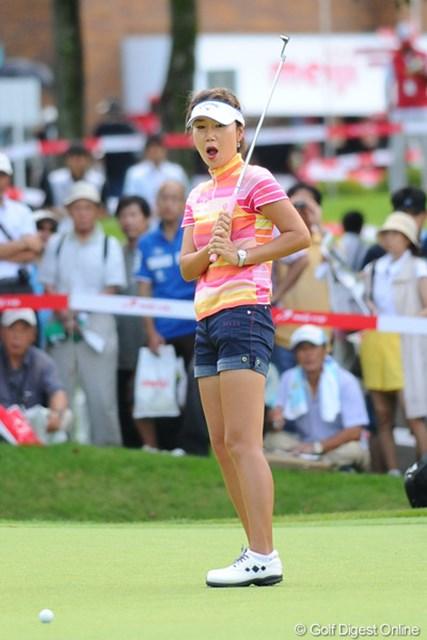 2011年 meijiカップ 2日目 カン・スーヨン 韓国では(かつて)美人プロと呼ばれた彼女も、喜怒哀楽は激しく表現してくれます。これはこれでGOODやと思います!8位T