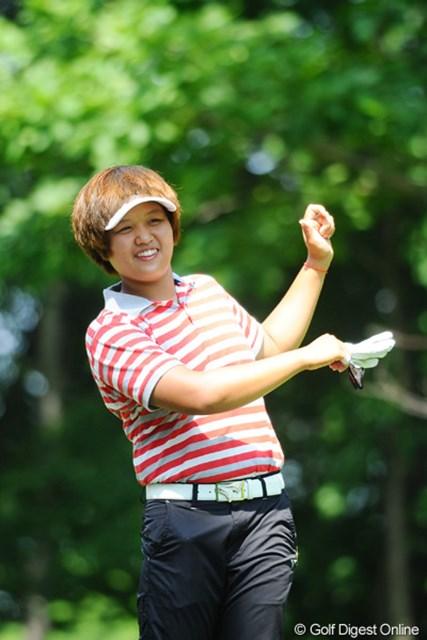 2011年 meijiカップ 2日目 野村敏京 おおお、ダンシング・ビンキョーかァ?なかなかイケテルやないの!3つ伸ばして12位タイ