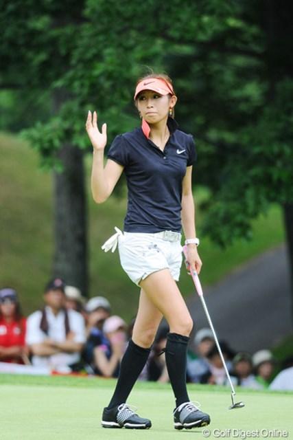 2011年 meijiカップ 最終日 金田久美子 今日は強かったですワ!5バーディも立派やけど、ノーボギーっちゅうのがGOODやん!後半戦が楽しみやネ!10位T