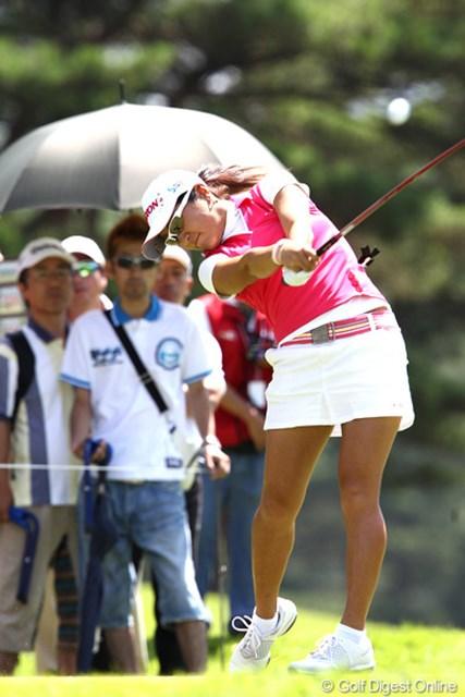 2011年 NEC軽井沢72ゴルフトーナメント 初日 藤本麻子 3アンダー5位タイで初日フィニッシュ