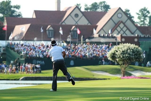 2011年 全米プロゴルフ選手権 2日目 フィル・ミケルソン 26位タイ(+1)で予選を通過。2日目の最終ホールは2打目を池に落としてダブルボギー。叫びが聞こえてくる