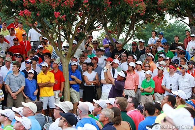 2011年 全米プロゴルフ選手権 3日目 フィル・ミケルソン フェアウェイを外してもバーディチャンスにつけてきた。人気選手の少ない中で奮闘した一人