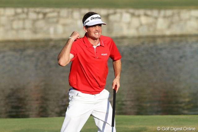 2011年 全米プロゴルフ選手権 最終日 キーガン・ブラッドリー 終盤とプレーオフで確実なプレーが実ったブラッドリー。PGAによれば、中尺パターでメジャーを制した選手は史上初