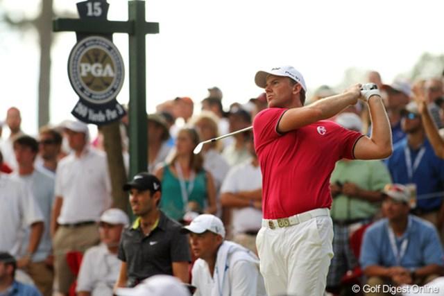 2011年 全米プロゴルフ選手権 最終日 ロバート・カールソン 12番までに6つスコアを伸ばして首位に1打差まで迫ったが、上がり3ホールをボギーとして脱落