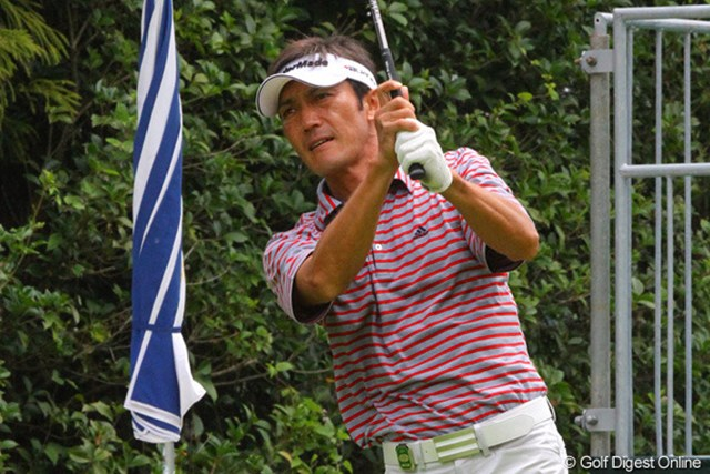 プロ転向後3年間、お世話になったゴルフ場で優勝を狙う河井博大