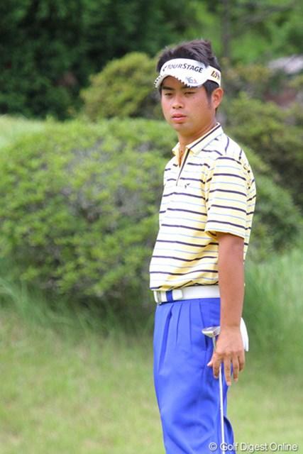 2011年 関西オープンゴルフ選手権競技 2日目 池田勇太 短いバーディパットが決まらずスコアが伸び悩んだ池田勇太