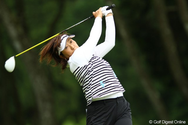 2011年 CAT Ladies 2日目 福嶋晃子 福嶋さんの豪打があれば、まだまだチャンスはありそうな予感。首位とは6打差です。