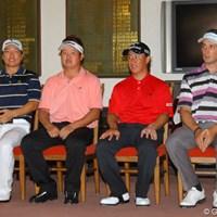 クラブハウス内での表彰式に並んだ上位4選手 2011年 関西オープンゴルフ選手権競技 最終日 チョ・ミンギュ 白佳和 吉永智一 ネベン・ベーシック