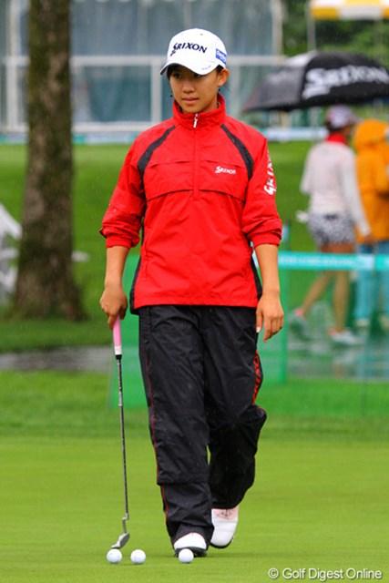 2011年 ニトリレディスゴルフトーナメント 事前   香妻琴乃 アマ時代に数々のタイトルを獲得してきた香妻琴乃もプロデビュー戦を迎える