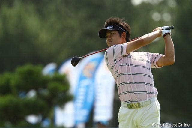 池田勇太とは反対に、こちらは「完全洋芝育ち」。しかし何故か今日は高麗グリーンが合っていたようです。4アンダー8位タイ。